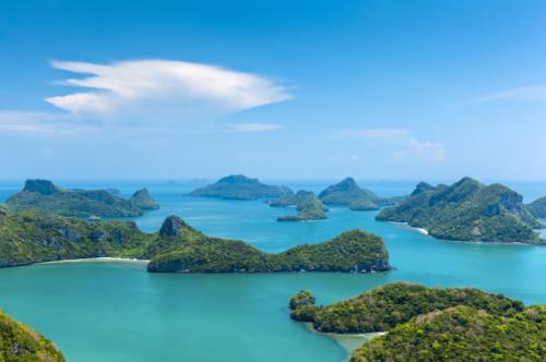 Angthong Marine Park by Speedboat