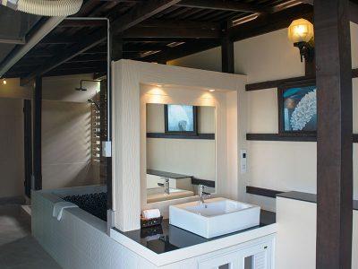 Moon Room - Bathroom