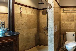 Deluxe Garden View Studio - Bathroom