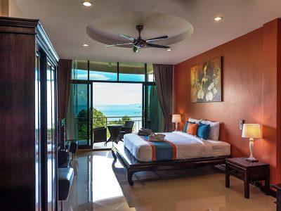 Sea View Studio Suites