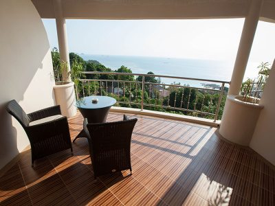2 Bedroom Family Apartment - Terrace